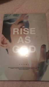 東方神起 RISE AS GOD