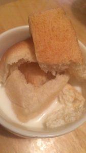 牛乳 パン